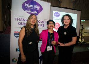 Gianni Romani (C) with ISBE President Kiran Trehan (L) & ISBE 2019 Co-Chair Michele Rusk (R)