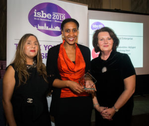 Ketch Adeeko (C) with ISBE President Kiran Trehan (L) & ISBE 2019 Co-Chair Michele Rusk (R)
